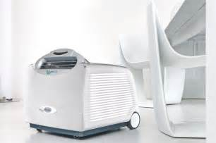 Small room portable air conditioner