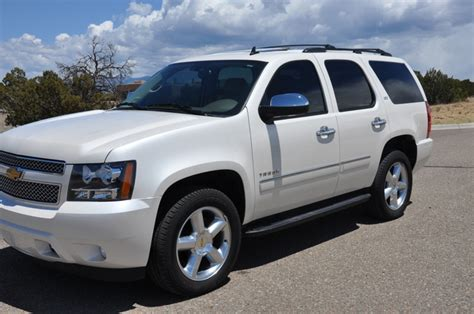 how make cars 2009 chevrolet tahoe transmission control 2012 chevrolet tahoe overview cargurus