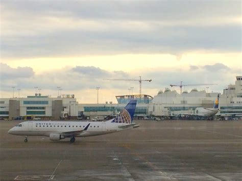 Denver International Airport Denver Co United States   denver international airport airports denver co