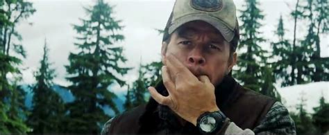 wahlberg in the shooter the wahlberg wears in shooter