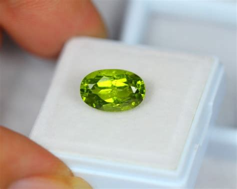 Green Peridot 3 10ct 4 10ct green peridot oval cut lot x06