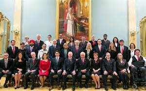 canada has equal cabinet with 15 and 15