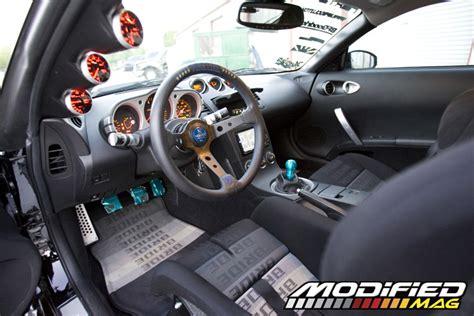 Z350 Interior by 2005 Nissan 350z Modified Magazine