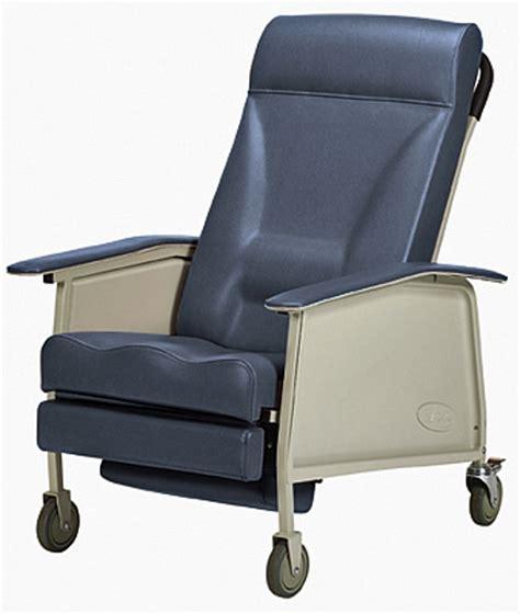 invacare recliner invacare 174 3 position deluxe wide geriatric recliner