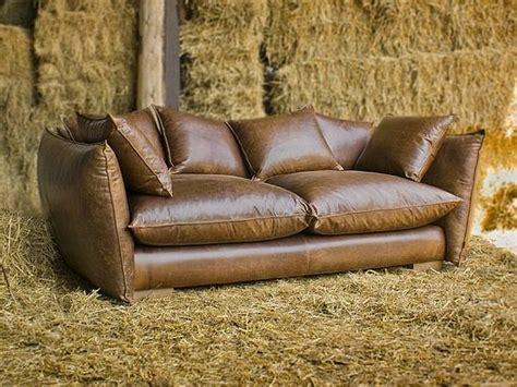 canape cuir vieilli vintage le canap 233 de cuir vintage donne un style solide 224 votre