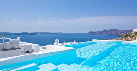 best luxury hotels santorini luxury hotel in oia santorini canaves oia hotel