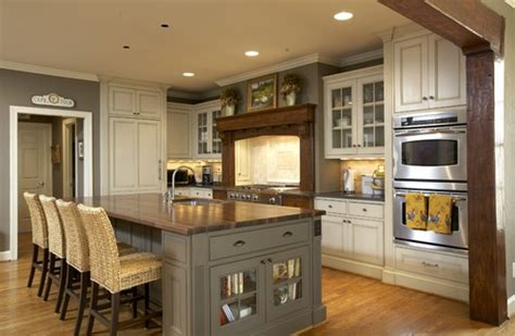 Kitchen Island Colors by Craftsman Kitchens