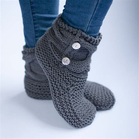 how to knit slippers free knit slipper pattern 28 images the bookworm