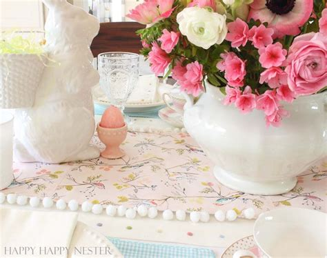 pink paper table runner paper table runner diy easy craft project
