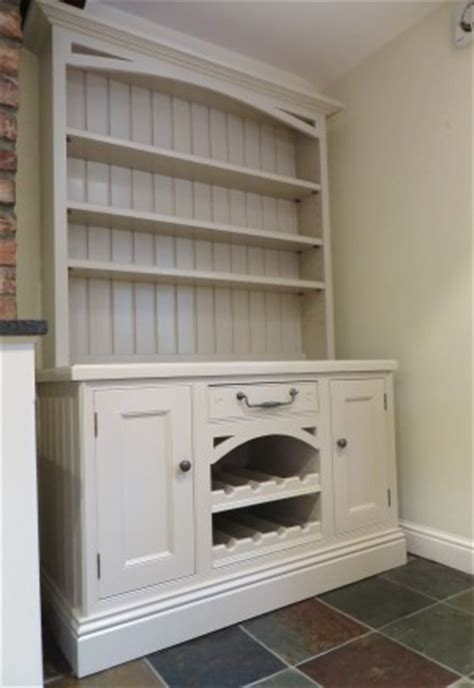 Spray Painting Kitchen Cabinets White by How Do You Paint Pine Furniture