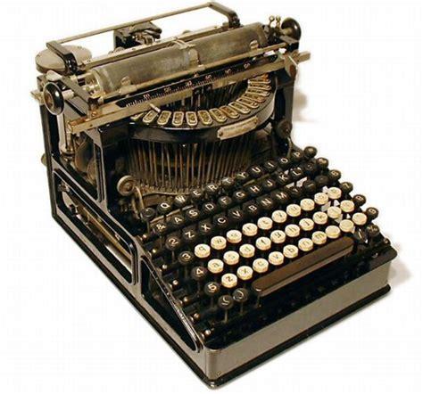 Mesin Tik beautiful time typewriters 49 pics izismile