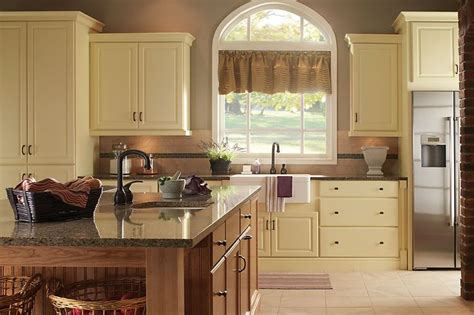 yorktowne kitchen cabinets 7 best images about transitional style on