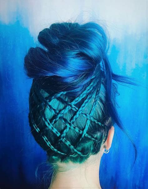 Blue And Hairstyles by Best 25 Blue Hairstyles Ideas On Dyed Hair