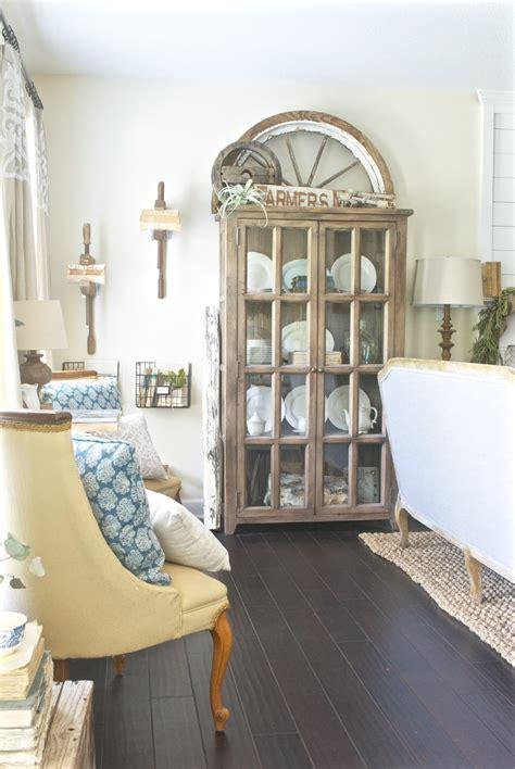 living room i plum pretty decor design co my cozy farmhouse living room i m giving you all the sources