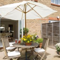 Patio Ideas For Small Gardens Uk Small Garden Design Ideas Housetohome Co Uk