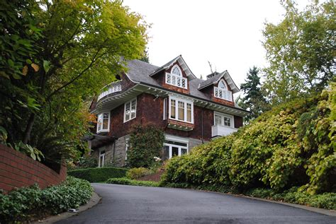 kurt cobains house file kurt cobain s house 1 lake washington boulevard