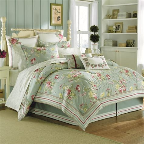 laura ashley bedding outlet laura ashley bedding laura ashley comforters duvets auto