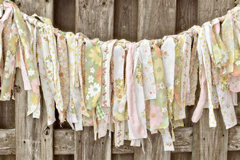 diy wedding ideas torn fabric garland