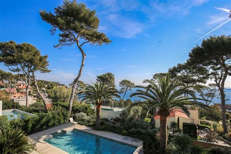 d antibes superb property on the cap d antibes with panoramic sea view