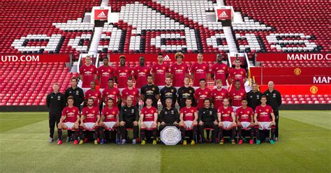 Guling Imut Fc Manchester United manchester united fc player contract dates manchester evening news