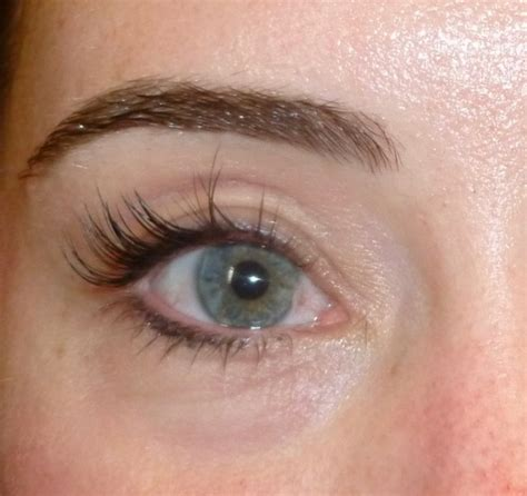 tattoo eyeliner swelling permanent makeup by artist jeannie side from juvessentials