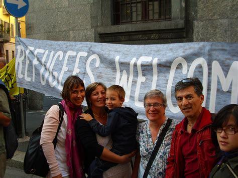 consolato ungherese in italia pressenza protesta davanti al consolato ungherese a