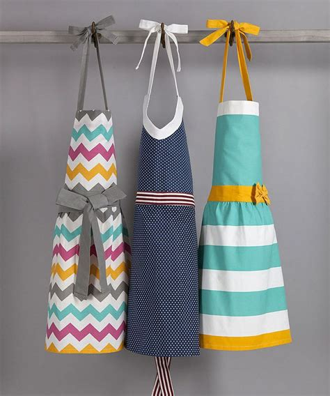 sewing craft apron turquoise yellow apron 187 these are all adorable for