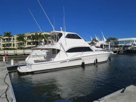 boat wash gold coast 2004 riviera 58 enclosed flybridge power boat for sale