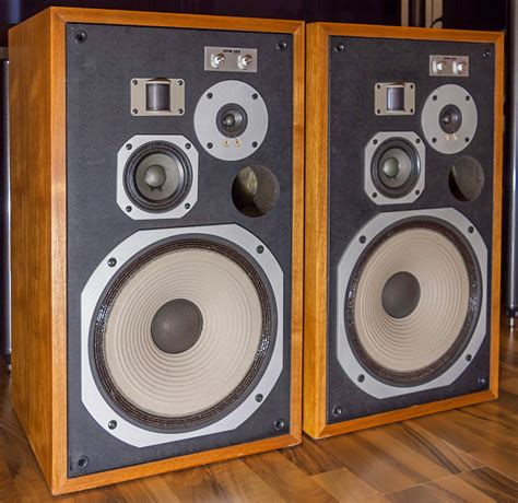 Speaker Pioneer golden age of audio pioneer hpm 100 vintage speakers