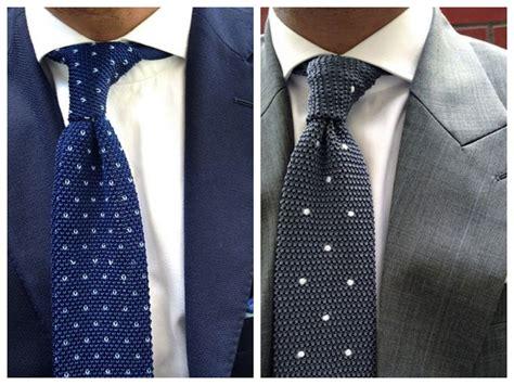 combinacion de camisas y corbatas - Nudo Ingles Corbata