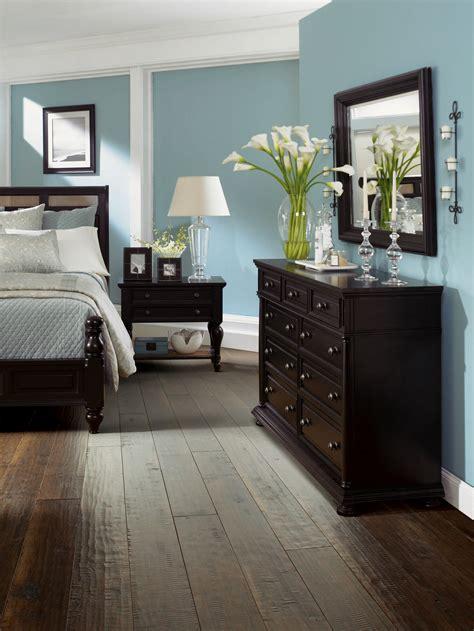 hardwood floor bedroom hardwood floors in bedroom titandish decoration
