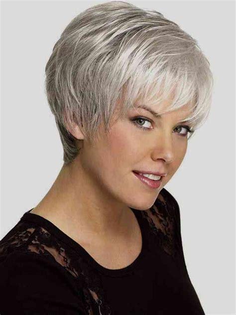 46 besten haare bilder auf frisuren kurzes beliebte frisuren kurzhaarfrisuren damen 2018 graue haare