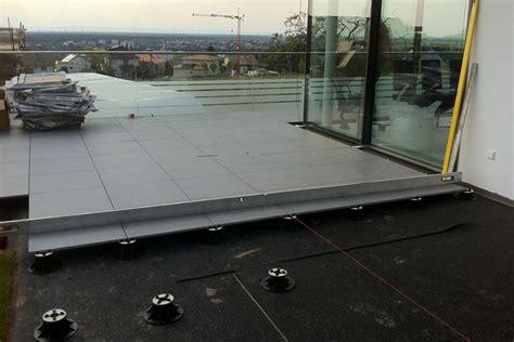 Balkon Steinplatten Verlegen by Terrassenplatten Terrassenfliesen Verlegen Beschichtet
