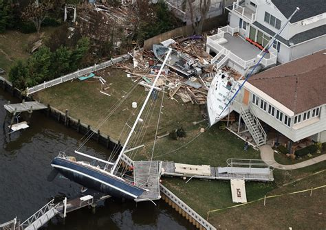 hurricane sandy boats aerial images of hurricane sandy s destruction