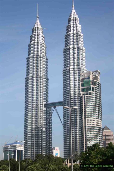 How Many Floors In Towers Malaysia by Amazing World Marvels Top 10 Tallest Buildings In The World