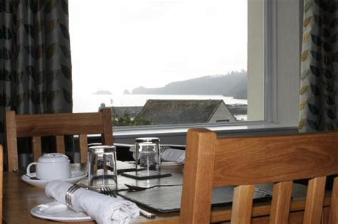 the cliff house dining room cliffhousebbsaundersfoot dining room of cliff house guest house