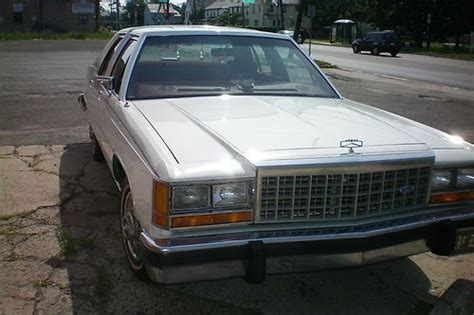 buy used 1986 ford ltd crown in somerset new