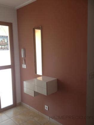 vestibulo de entrada a una vivienda reforma integral de chalet elche alicante hazmeprecio