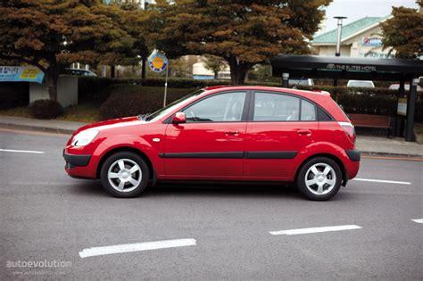 how petrol cars work 2005 kia rio on board diagnostic system kia rio hatchback specs 2005 2006 2007 2008 autoevolution