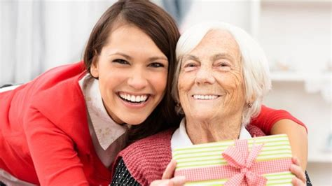 christmas tips for seniors tips for seniors manors of the valley