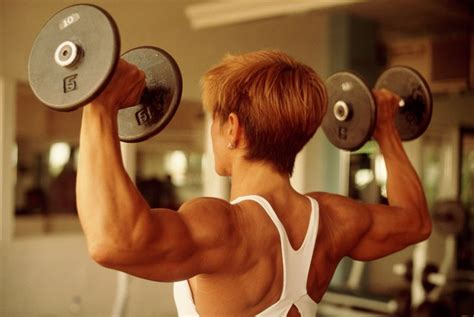 weight lifting women over 50 why women should lift weights