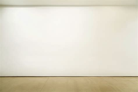 Blank Gallery Wall | syllabus
