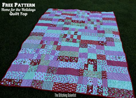 quilt pattern with different size blocks free pattern home for the holidays christmas quilt top