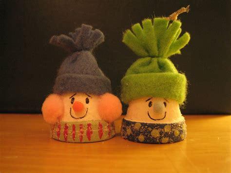 christmas clay pot snowman allfreechristmascrafts com