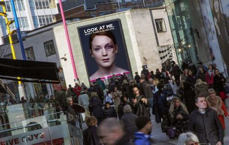 domestic violence billboard dares people not to look away dailydooh 187 blog archive 187 ocean s visually powered dooh