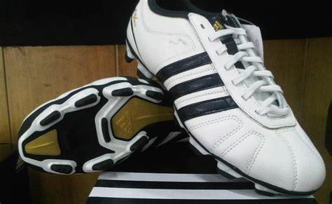 Sepatu Adidas Ezeiro jual sepatu bola original sepatu bola adidas adinova iv