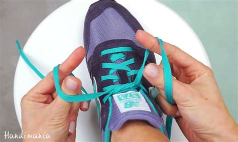 how to tie your shoelaces in only two seconds onejive