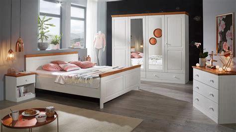 schlafzimmer set landhausstil schlafzimmer genia set kiefer massiv wei 223 gewachst honig