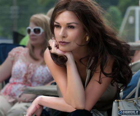 online un nuovo trailer in italiano per jessica jones 2 quello che so sull amore un nuovo manifesto per la