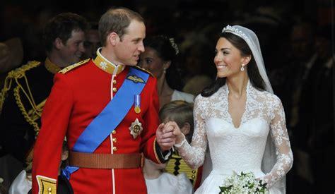 the royals kate middleton prince william news people com revivez le mariage du prince william et de kate middleton